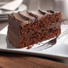 202133C Chocolate Fudge Gateau (Chefs Selections)