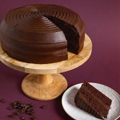205569C Chocolate Fudge Cake Sliced (Classic Desserts)