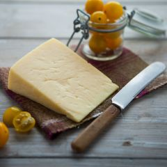 307497C Eden Chieftain Cheese 1.5kg approx. (Appleby Creamery)
